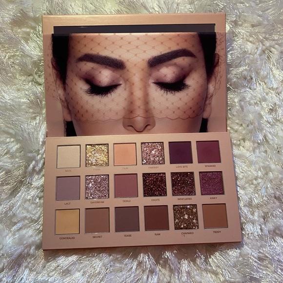 Sephora Other - Huda Beauty Nude Eyeshadow Palette